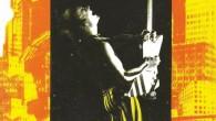 Le rock, star-system et société de consommation, livre de David Buxton adapté d'une thèse de doctorat soutenue en 1983, fut publié par La Pensée sauvage, petit éditeur grenoblois, en 1985 ; il est devenu introuvable, sauf dans quelques bibliothèques universitaires et encore. À l'initiative du webmaster, la Web-revue a décidé d'en assurer une nouvelle édition numérique au rythme d'un chapitre par mois. Ce livre se voulait une approche conceptuelle et critique de l'impact idéologique du rock. Des débuts de l'industrie du disque microsillon aux punks et aux vidéo-clips, en passant par l'invention du teenager et l'impact capital de la contre-culture et des nouveaux médias de l'époque, le rock sert de point d'entrée dans la société afin de mieux comprendre d'autres phénomènes sociaux comme la consommation de biens culturels et la technologie. Comme prévu, après le chapitre 1 en janvier 2014, voici le chapitre 2 en février 2014.